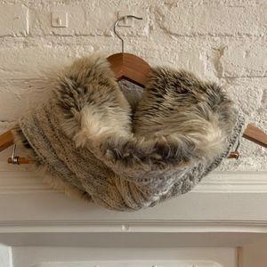 Knit & Faux Fur Snood